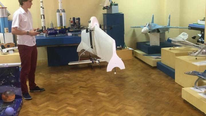Ростовский школьник изобрел квадролет, который даст фору квадрокоптеру
