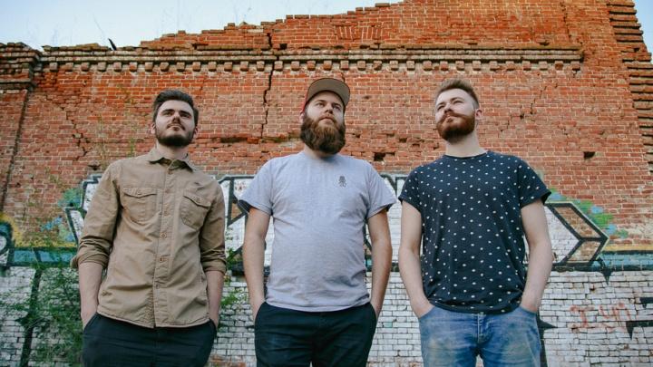 Сумасшедшие бармены-бородачи из Волгограда сняли свой второй ролик
