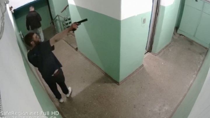 Устроил стрельбу в подъезде: что говорят в полиции о произошедшем в Ярославле