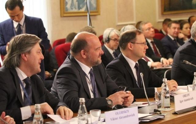 Сотрудничество властей и бизнеса станет залогом развития Арктики