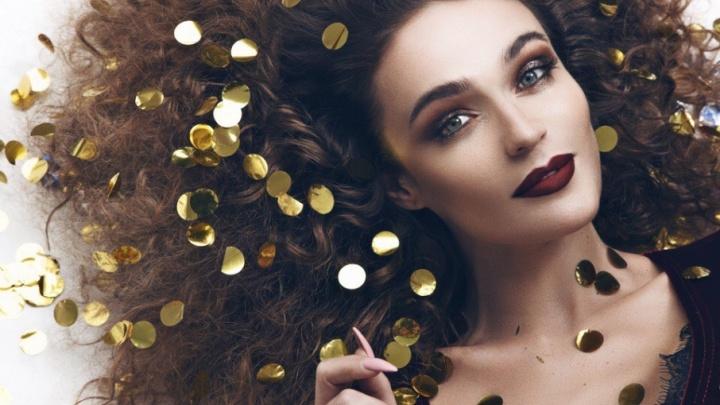 Пикантная обнажёнка: тюменка Алёна Водонаева появилась на обложке Maxim