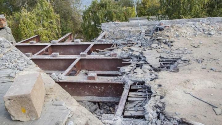 Музею-панораме в Волгограде два года не дают денег на ремонт аварийного моста