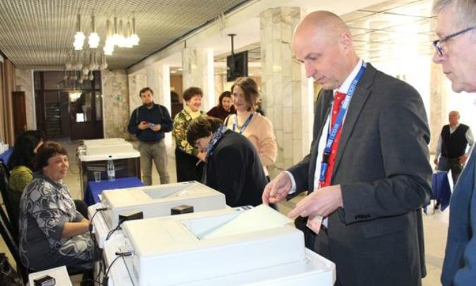 Президент или ремонт двора: как в Ярославской области наращивают явку на выборы