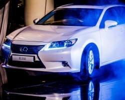 В Тюмени представили премиум-седан Lexus ES
