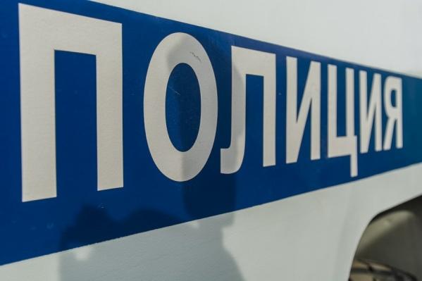 Полицейский потребовал 400 тысяч рублей за отказ в возбуждении дела
