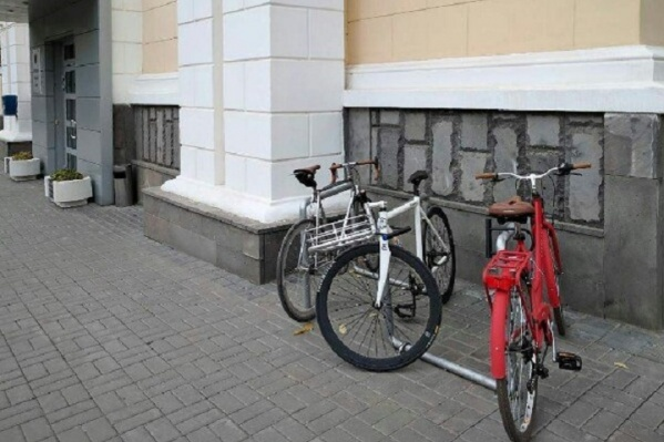На зиму велопарковку убирают в помещение