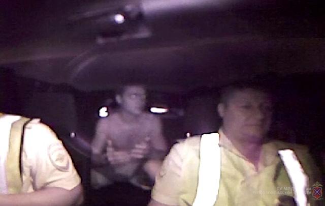 «Они сами кинулись под колеса»: сбивший мать с дочкой пьяный лихач не чувствует вины