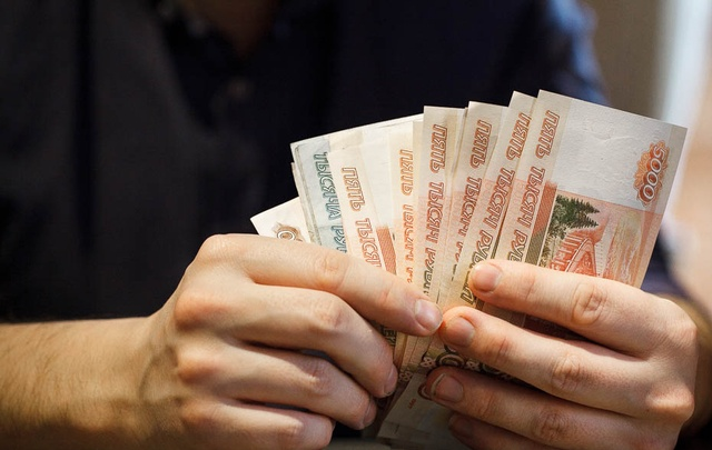 Тюменского альфонса, который развел женщину на 250 тысяч рублей, будут судить