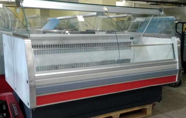 Компания VitrinaBu снизила цены на холодильное оборудование для торговых центров
