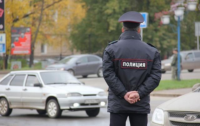Полицейский на Южном Урале украл у старушки 168 тысяч, скопленных на похороны