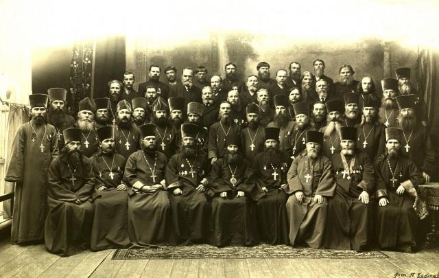 Запрещали ходить в театр: пермякам расскажут, как Бажов и Мамин-Сибиряк учились в столице Прикамья