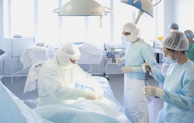 Переломный момент: челябинцам без очереди заменят тазобедренный сустав
