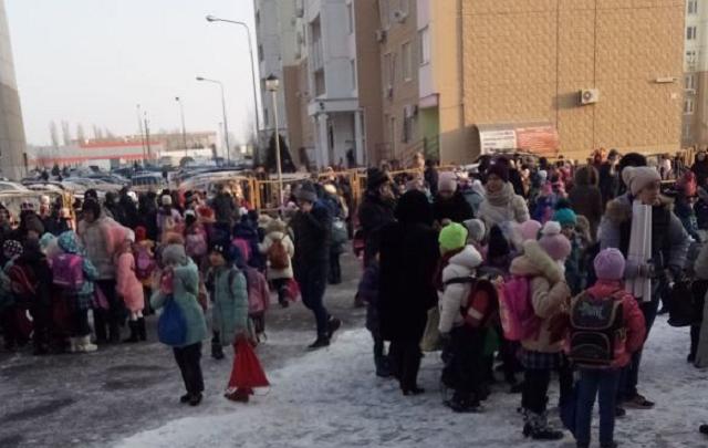 Ничего подозрительного не нашли: в Ростове завершили проверку школ