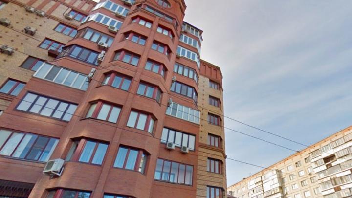 «Почему должен платить по чужим счетам?»: челябинец купил квартиру с долгом за капремонт