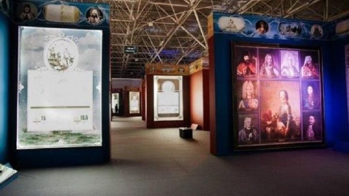 В музее «Россия – моя история» начали ставить проекторы и экраны
