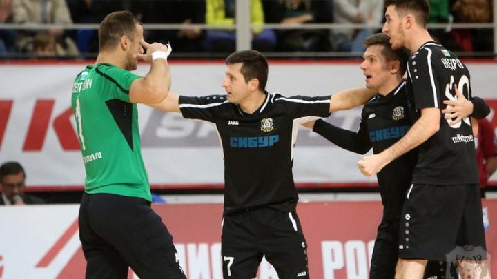 В первом матче 2018 года игроки МФК «Тюмень» разгромили петербургский «Политех»
