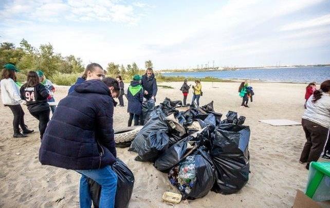 В Волгограде и Волжском собрали более 700 килограммов мусора