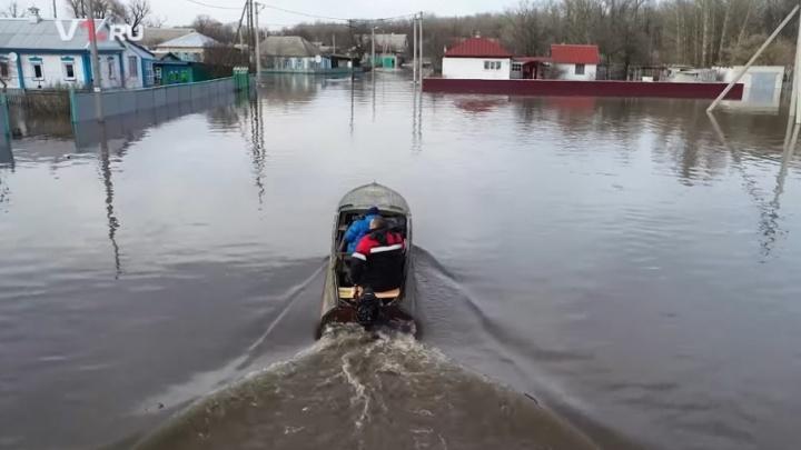 Число затопленных районов Волгоградской области выросло до десяти