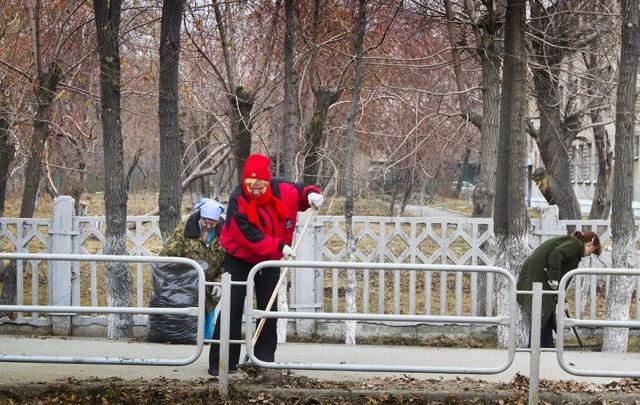 Мэрия Самары раздаст грабли и метелки желающим участвовать в субботнике