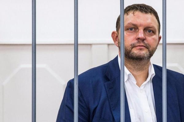 Пермяк и экс-губернатор  женился на московской поэтессе