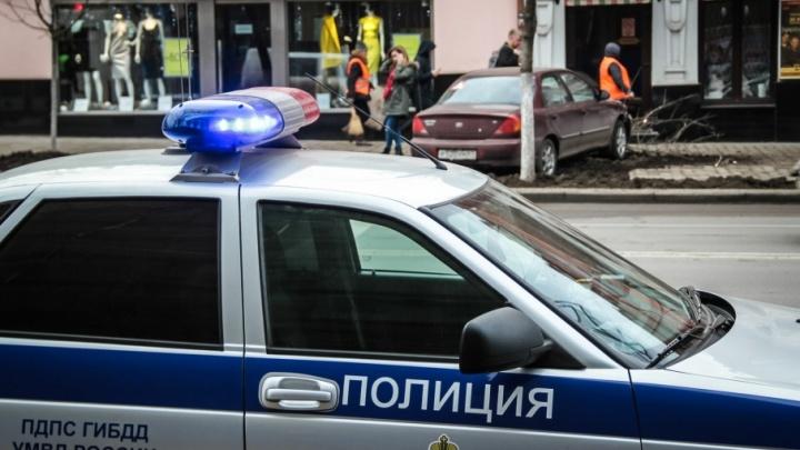 Угрожал убийством: на Вересаева мужчина напал с ножом на таксиста