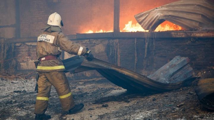 Под Волгоградом в ночь на Рождество при пожаре погиб мужчина