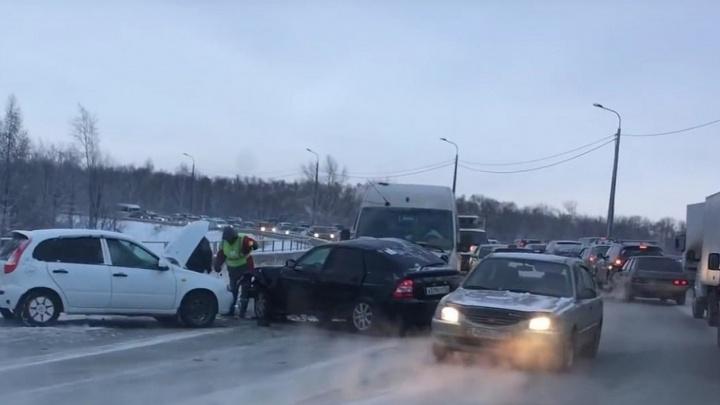 «Плотина адова»: перенастройка светофоров на Худякова парализовала улицу
