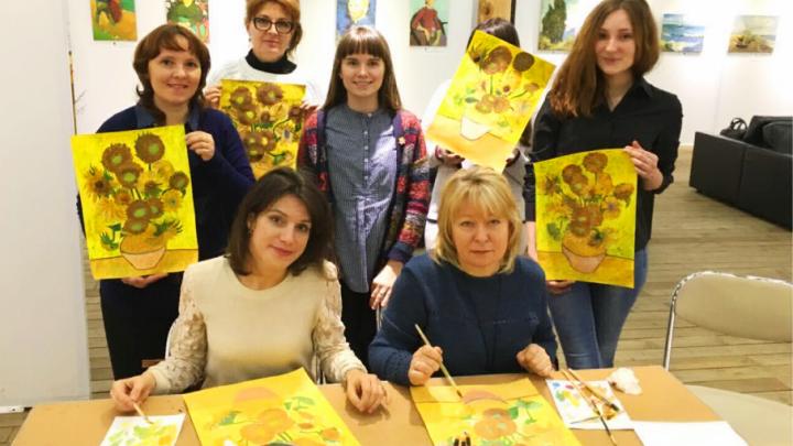 Ростовчан за пару часов научат писать картины в стиле Ван Гога