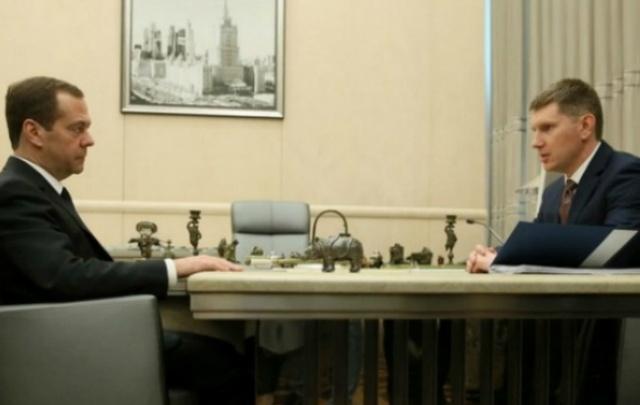 Максим Решетников рассказал Дмитрию Медведеву о том, что в Прикамье построят семь детских поликлиник