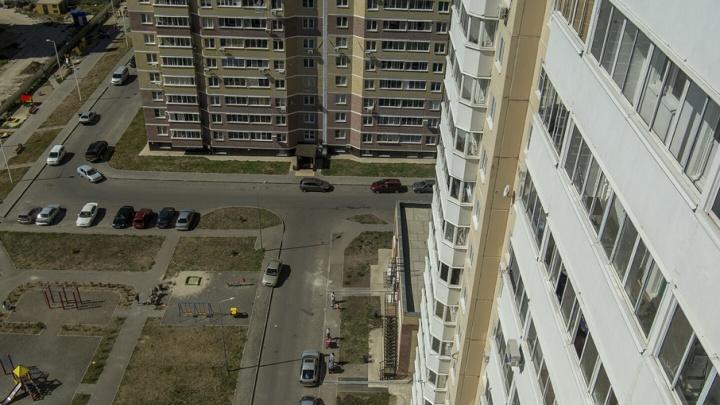 Жители ЖК «Платовский» организовали народную дружину для охраны парковок