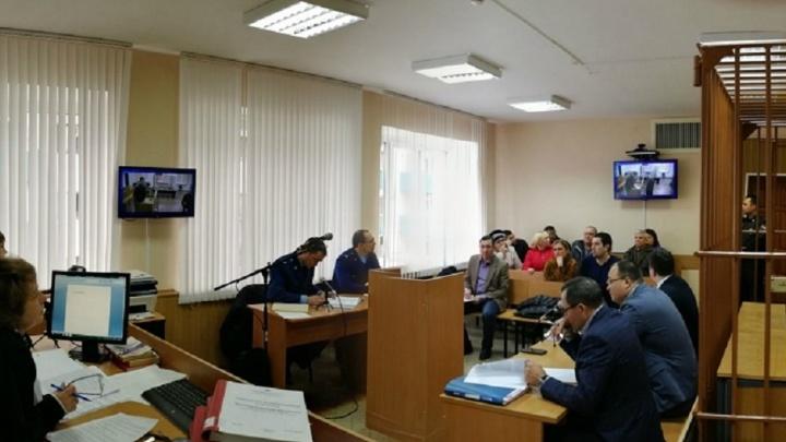Водитель сгоревшего в Татарстане автобуса Самара — Ижевск отказался давать показания в суде
