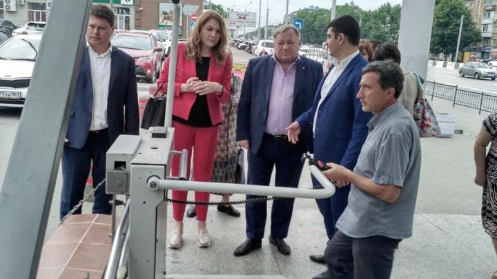 Ростовские чиновники на себе убедились в недоступности «Доступной среды»
