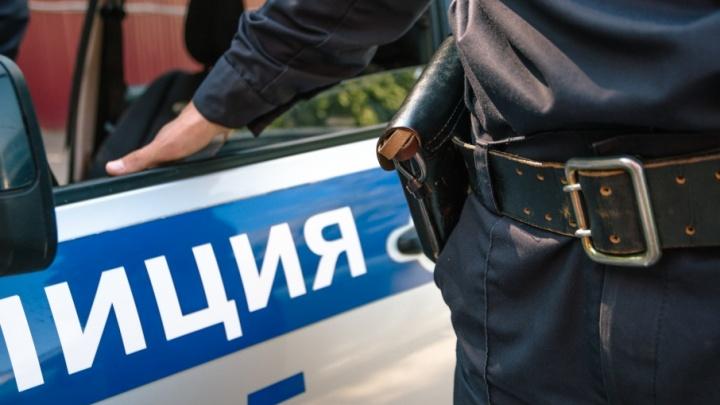 В Самаре ограбили офис «ВТС Метро»: из кабинета вынесли более 1 млн рублей и золото