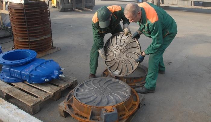 Ловушка для пешеходов: в Перми с колодцев украдено 212 крышек