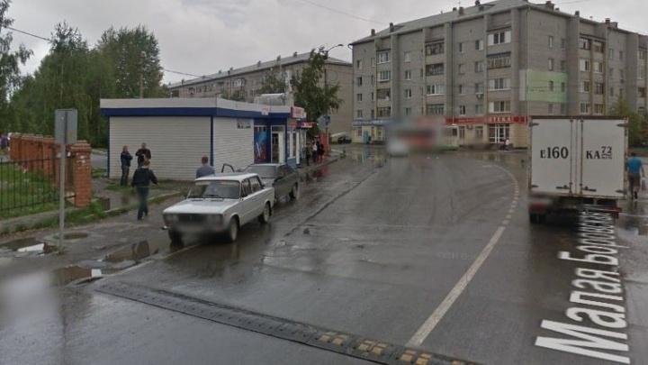 Подробности ограбления на Войновке: грабитель ранил кассира и украл из кассы 25 тысяч рублей