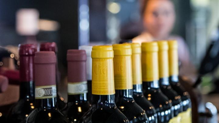 Чаще всего от алкоголя в Архангельской области умирают мужчины-пенсионеры