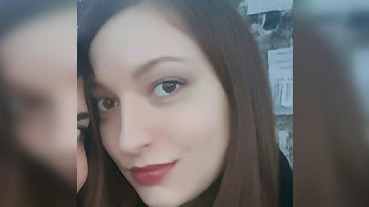 Пыталась уйти в монастырь: в Прикамье пропала 26-летняя девушка