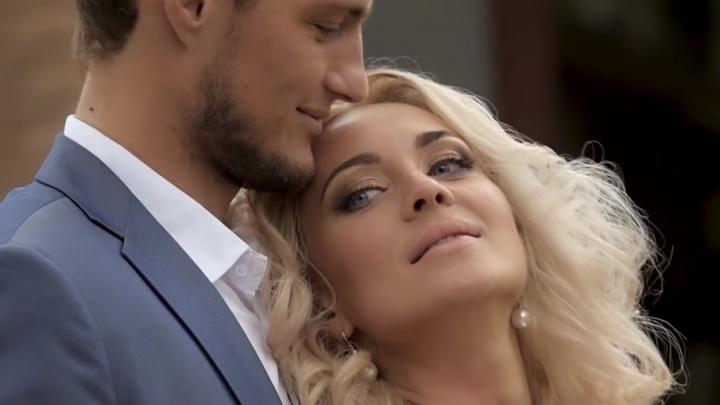 Ярославская звезда «Дома-2» женится онлайн