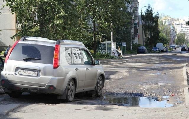 Депутат гордумы – Годзишу: «Если в этом году не будет еще денег на ремонт дорог, город встанет»