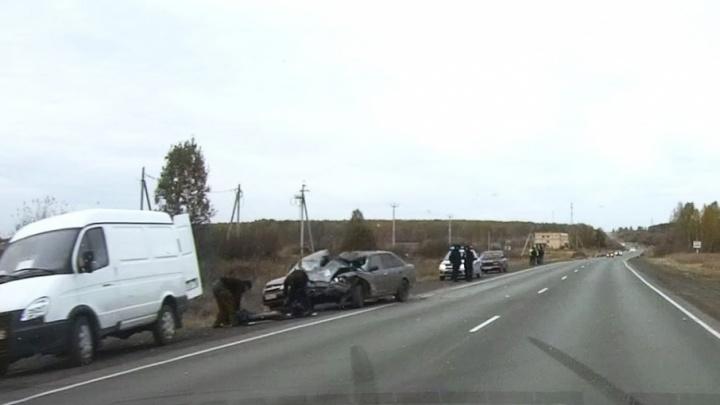 Пошёл на обгон: в смертельном ДТП под Челябинском столкнулись три автомобиля