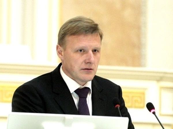 Лидер фракции ЛДПР в ЗакСе и кандидат в губернаторы Олег Капитанов, фото с сайта www.assembly.spb.ru