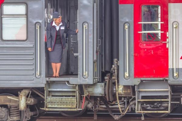 Пассажиров будут перевозить на специальных поездах со всеми удобствами