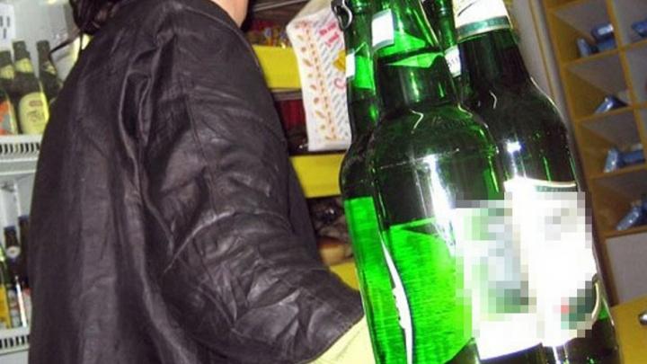 На Варавино полицейские поймали по горячим следам бесстрашного похитителя алкоголя
