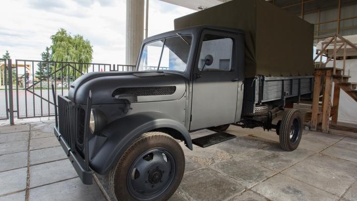 Музею-заповеднику «Сталинградская битва» передали отреставрированный грузовик вермахта