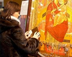 В Челябинск привезли чудотворные иконы со всего мира
