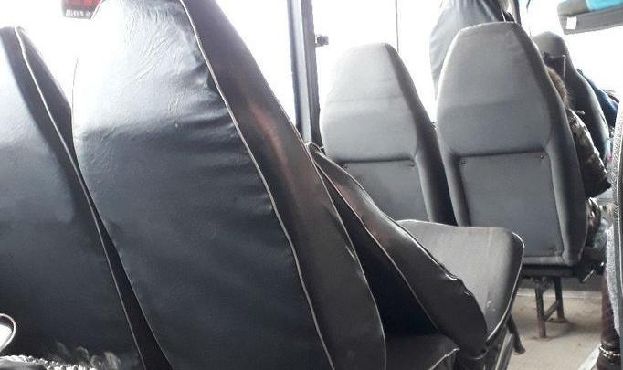 «Сами ломаете — сами чините»: маршрутка с вырванным креслом курсирует по Ростову