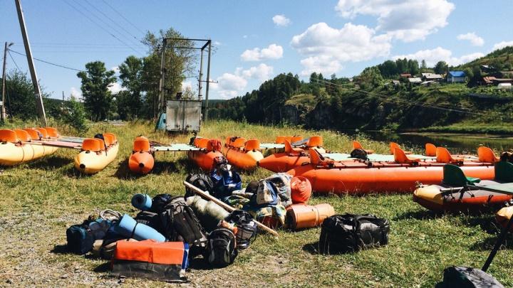 Детский лагерь, который тюменские тренеры развернули на берегу реки, прикрыли из-за санитарных нарушений