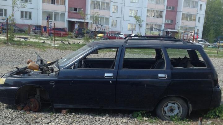 Эвакуация брошенных авто: в Челябинске началась работа комиссий