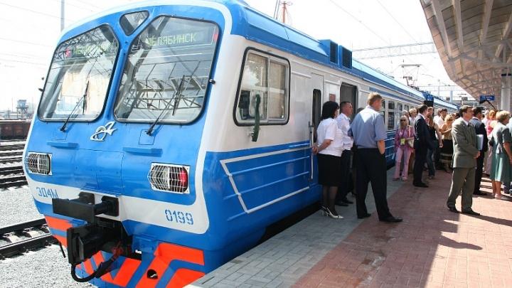 Южноуральцев проверят на ВИЧ прямо в поездах и на вокзале