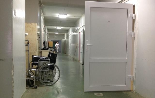 Минздрав России проверит больницу в Волгограде, где погиб упавший с каталки пенсионер